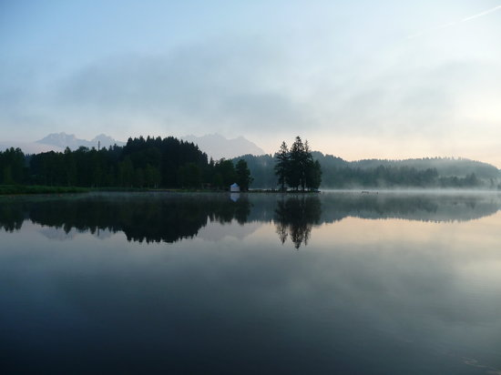 Schwarzsee: Early morning