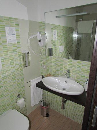 Rome Kings Suite: Banheiro novinho