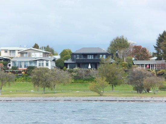 Wharewaka Lodge: Viewed from the Ernest Kemp