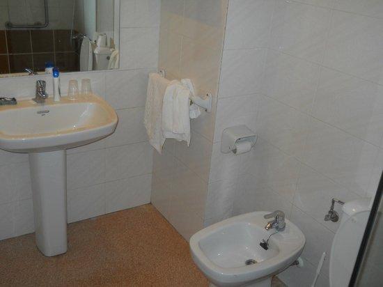 Hotel Mercury: Ванная комната