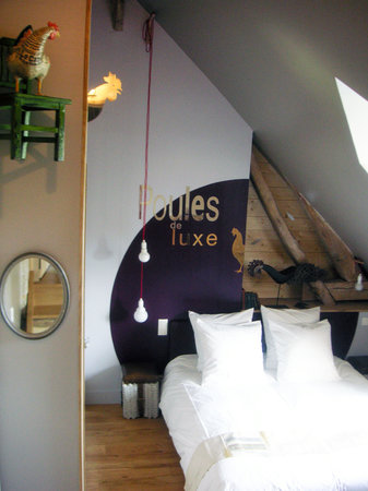 """Saint Mard de Reno, France : Chambre """"Poules de luxe"""""""