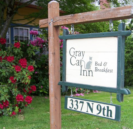 ‪Gray Cat Inn‬