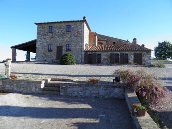 Poggio Covili : Farm House front view