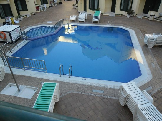 Bungalows Barranco: Pool view