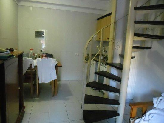 Bungalows Barranco: Dining/kitchen