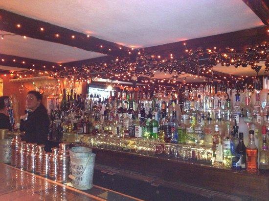 Bailiwicks Fine Restaurant: fun bar