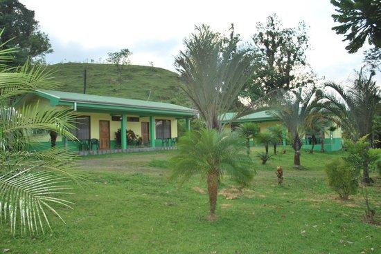 Cabinas Lumbres Del Arenal: garden