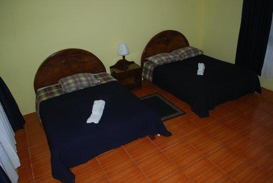 Cabinas Lumbres Del Arenal: Room