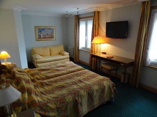 Maison Tirel-Guerin : Large, comfortable rooms