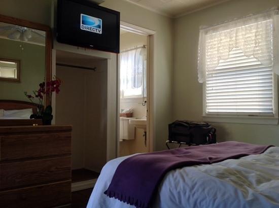 El Rancho Motel : Nice room.