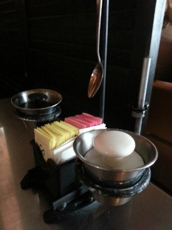 Lili's Bistro : Neat salt and pepper containers