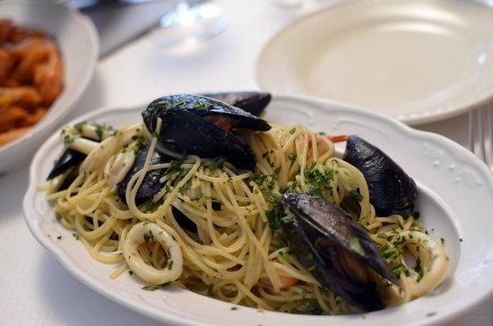 La Lanterna: seafood pasta