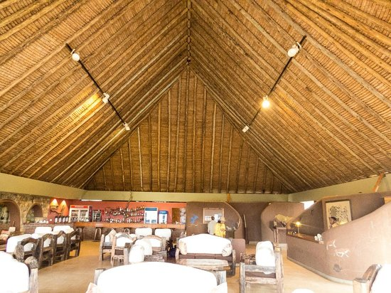 Tarangire Safari Lodge: The lounge.