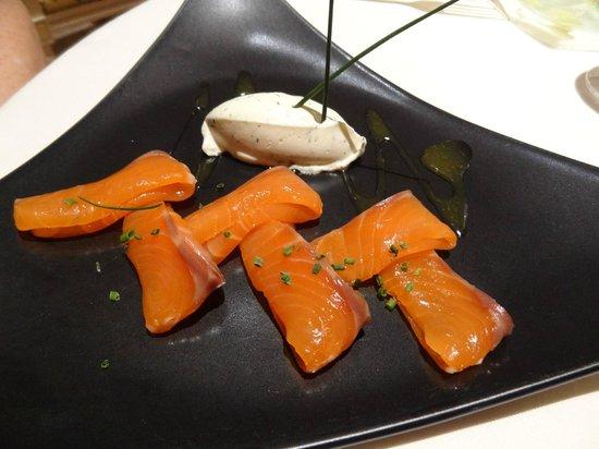 Maison Tirel-Guerin: Smoke Salmon Appetizer