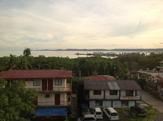 Palau Paradise Hotel : View from 4th floor room