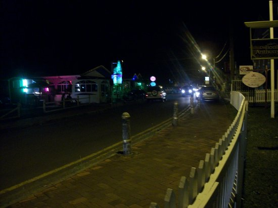 Gros Islet Street Party : Rodney Street at night