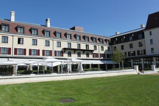 zimmeraussicht picture of radisson blu hotel at disneyland paris magny le hongre tripadvisor. Black Bedroom Furniture Sets. Home Design Ideas