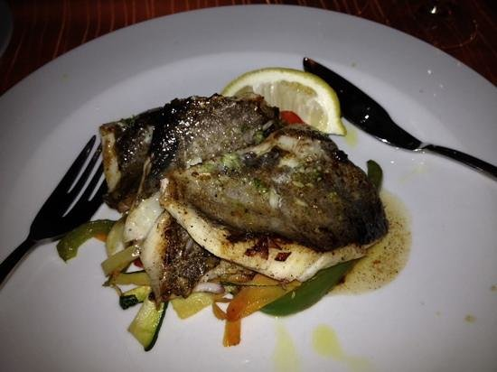Dalmatino Konoba: John Dory fillet and stir fry vegetables with dalmatian sauce