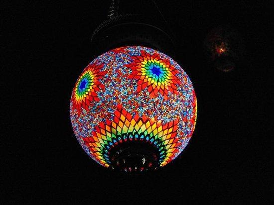 Ozler Restaurant: light