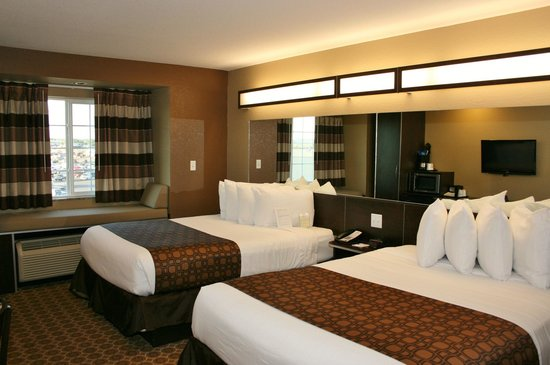 Microtel Inn & Suites by Wyndham Williston: Clean, nice double bed room