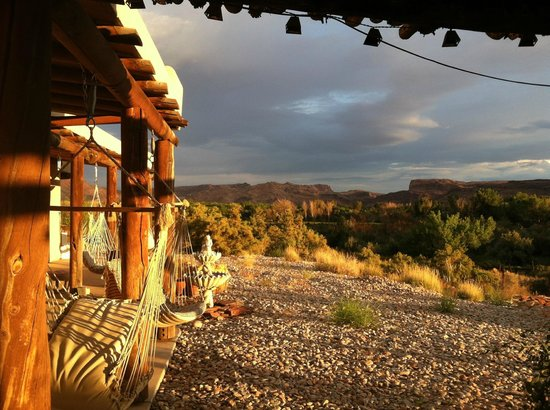 Adobe Abode Bed & Breakfast: Morning coffee view