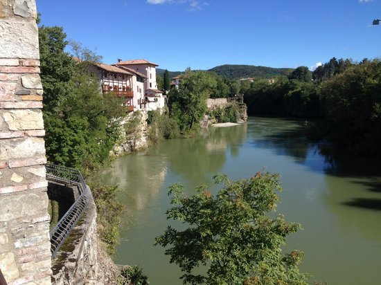 Bed and Breakfast Jenny's Garden: Cividale - only 30 mins by train from Udine