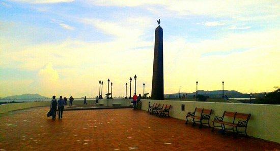 Plaza de francia, Casco Antigüo