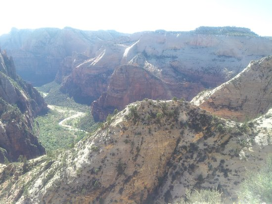 Zion Canyon Scenic Drive: the view from the top is the same