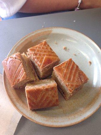 Bakkerij Krijnen: Almond Spiced Cake