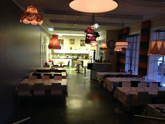 Hostel B47 : Dinning area