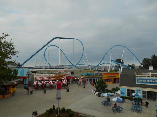 There's a place where the glistening Lake Erie shoreline meets a unique skyline. That place is Cedar Point, and there is so much to offer. Start planning your next vacation now!
