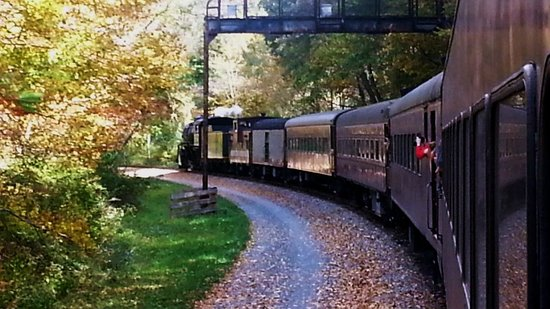 Western Maryland Scenic Railroad: One of the curves