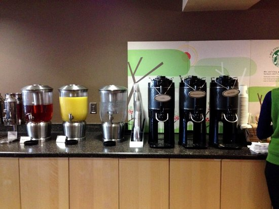 University Guest House & Conference Center: Beverages