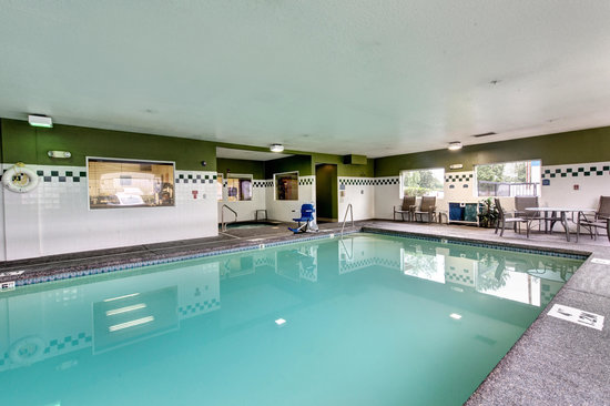 Comfort Inn & Suites Portland International Airport: Pool