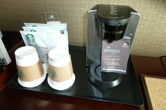Sheraton Pleasanton Hotel: coffee in the room