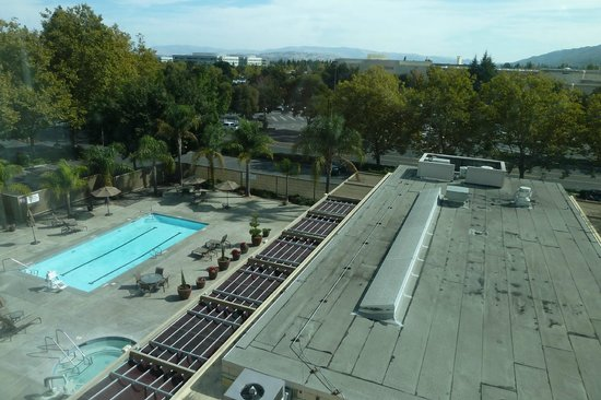 Sheraton Pleasanton Hotel: view from room 501