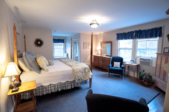 Inn at Jackson : Our Bedroom (1) - Daniel Webster Room - #5