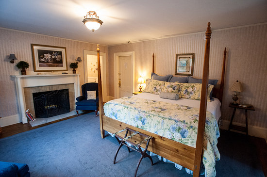 Inn at Jackson: Our Bedroom (3) - Daniel Webster Room - #5