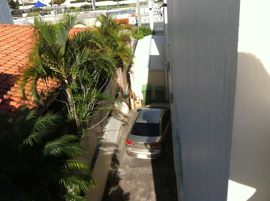 Broadbeach Central Convention Motel: outside view