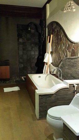 The Bali Dream Villa & Resort: Bathroom villa
