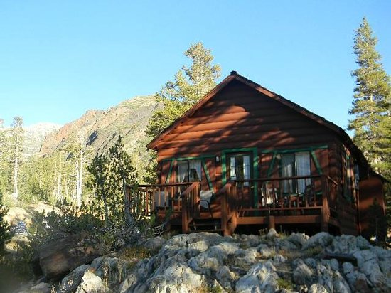 Tioga Pass Resort: Cabin 9 front deck with mountain in background