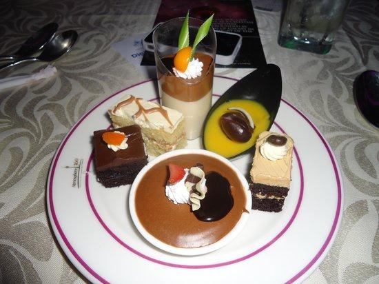 หอคอยกัวลาลัมเปอร์: sweets