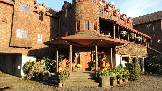 Arch Cape Inn & Retreat : Fall decorations