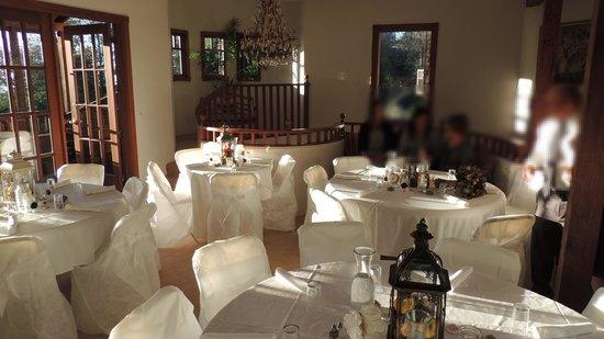 Arch Cape Inn & Retreat : Decorated for wedding reception