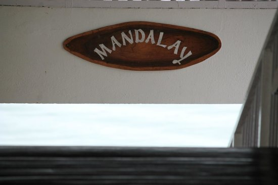 Mandalay Restaurant: Enter the restaurant