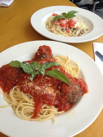 Capi's Italian Kitchen: entree
