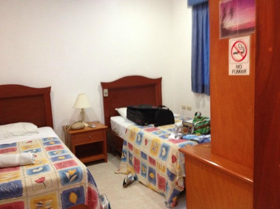 Hotel Xbulu-Ha: Perfect little clean double room