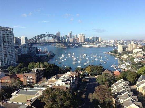 North Sydney Harbourview Hotel: a gorgeous sydney morning