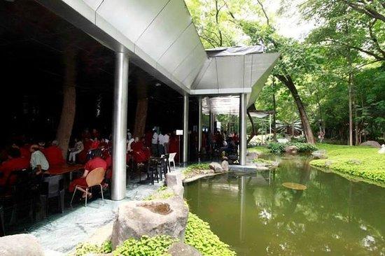 Osho International Meditation Resort And Guesthouse Pune