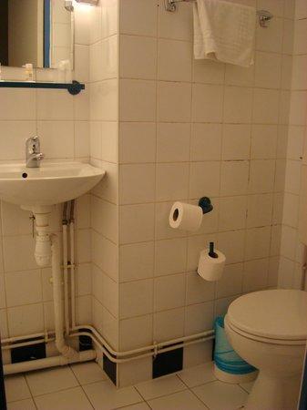 Hotel Amarys Simart : Sink